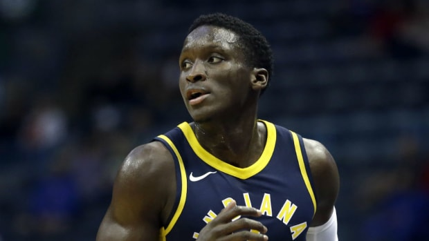 Victor_Oladipo_Pacers_2017_AP