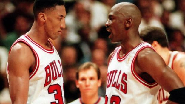 The Absurd And Completely Demoralizing Things Michael Jordan Used To Say To His Teammates
