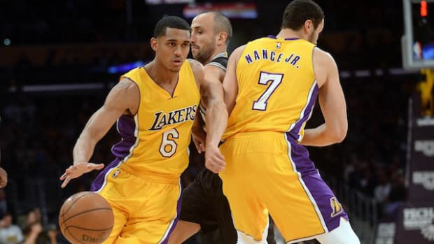 Jordan-Clarkson-Larry-Nance-Jr-2-640x407