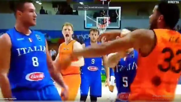 Video: Danilo Gallinari Punched An Opponent In The Face And Fractured His Hand