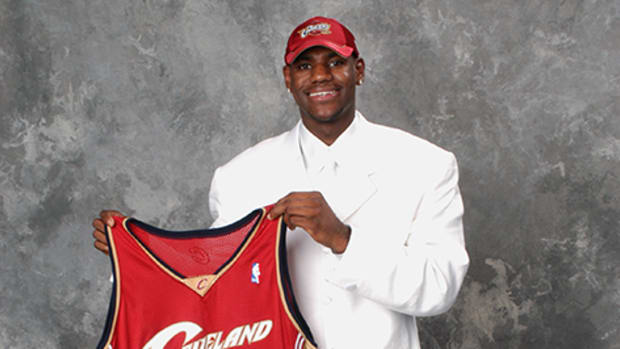 LeBron James Rookie of the Year 2004