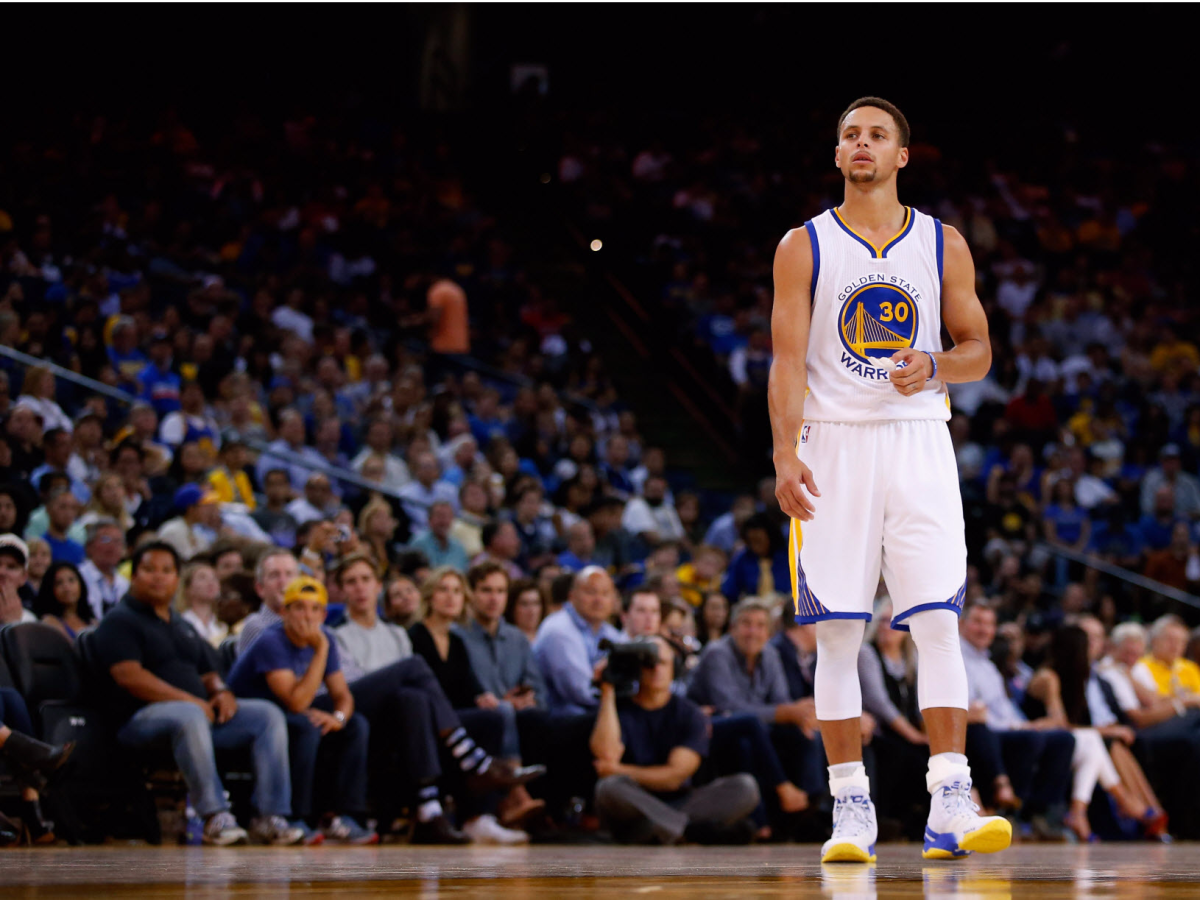 stephen-curry-has-replaced-lebron-james-as-the-best-basketball-player-in-the-world