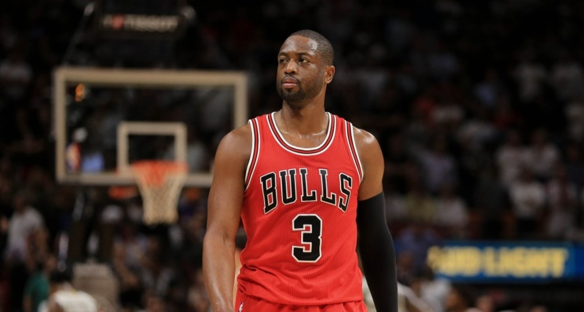 Chicago Bulls: Could Dwyane Wade be traded instead of bought out?