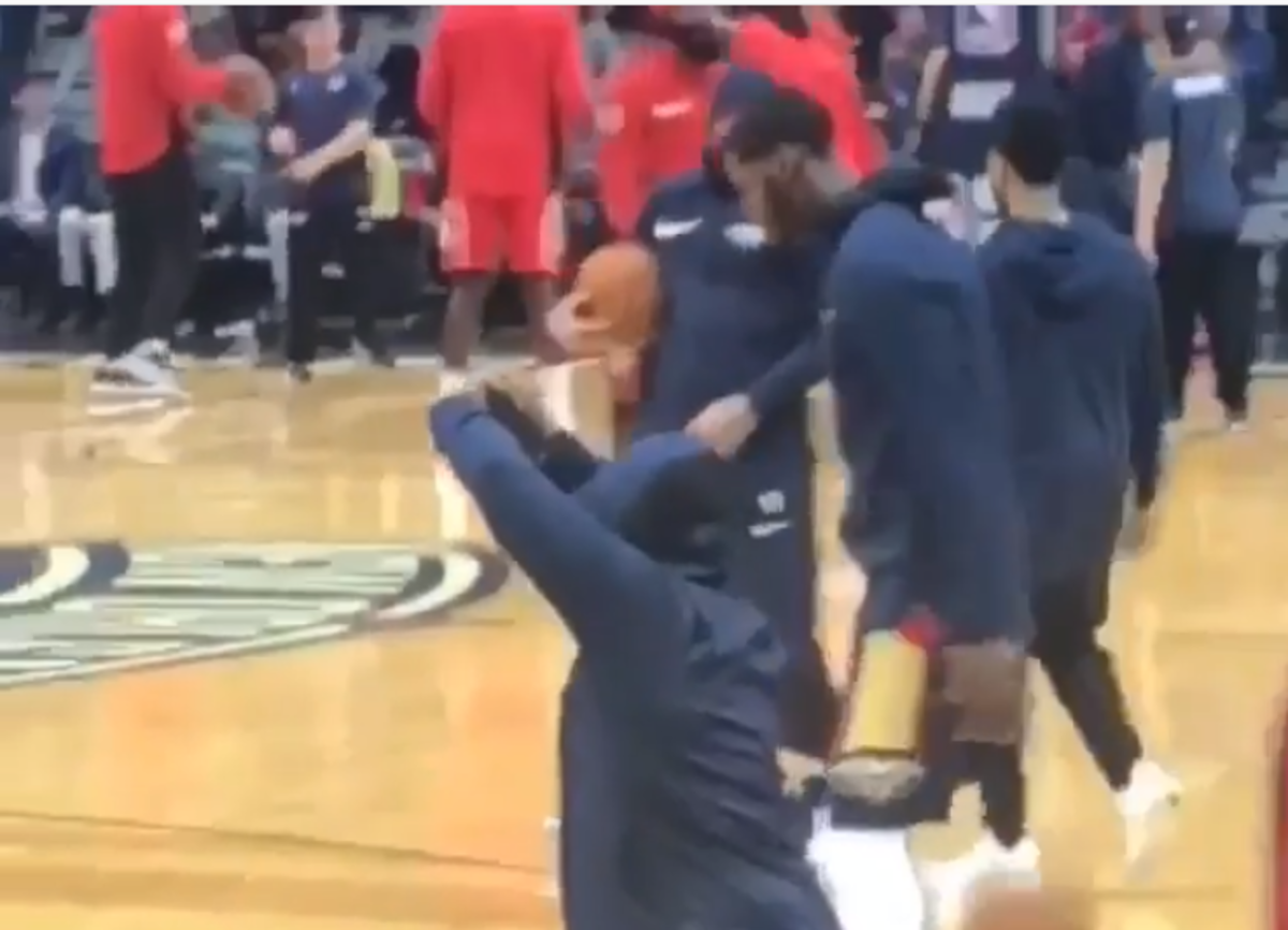 The Pelicans Fan Pretended To Be A Player During Warm-ups Before Security Caught Him