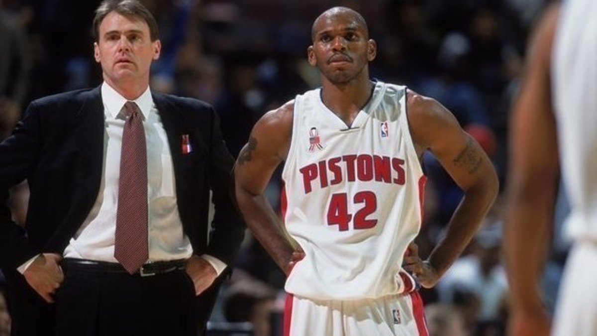 9 Oct 2001:  Head Coach Rick Carlisle of the Detroit Pistons looks on with Jerry Stockhouse #42 during the pre-season game against the Cleveland Cavaliers at the Palace of Auburn Hills in Auburn Hills, Michigan. The Pistons defeated the Cavaliers 101-77.  NOTE TO USER: It is expressly understood that the only rights Allsport are offering to license in this Photograph are one-time, non-exclusive editorial rights. No advertising or commercial uses of any kind may be made of Allsport photos. User acknowledges that it is aware that Allsport is an editorial sports agency and that NO RELEASES OF ANY TYPE ARE OBTAINED from the subjects contained in the photographs.Mandatory Credit: Greg Shamus  /NBAE/Getty Images
