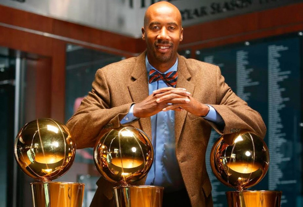 The-Overhead-Compartment-with-Bruce-Bowen