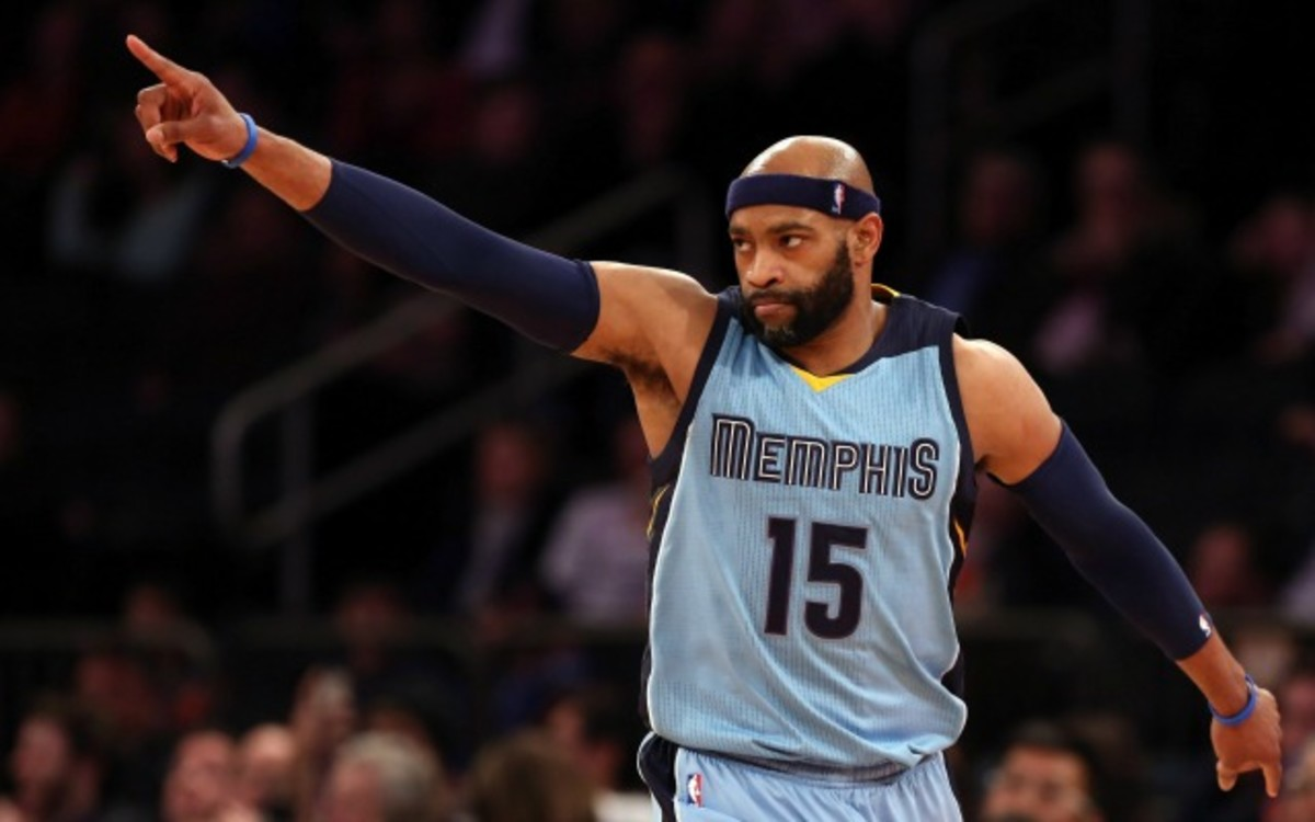 Mar 23, 2015; New York, NY, USA; Memphis Grizzlies guard Vince Carter (15) reacts after hitting a three-point basket against the New York Knicks during the second half at Madison Square Garden. The Grizzlies defeated the Knicks 103 - 82. Mandatory Credit: Adam Hunger-USA TODAY Sports