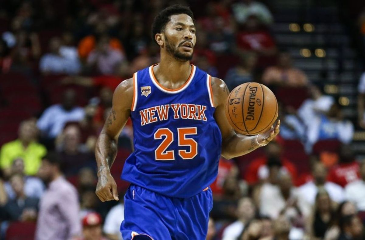 9601503-derrick-rose-nba-preseason-new-york-knicks-houston-rockets-850x560