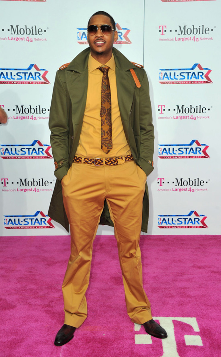 Carmelo-Anthony-Burberry-Prorsum-Trench-Coat-Green-Spring-2011