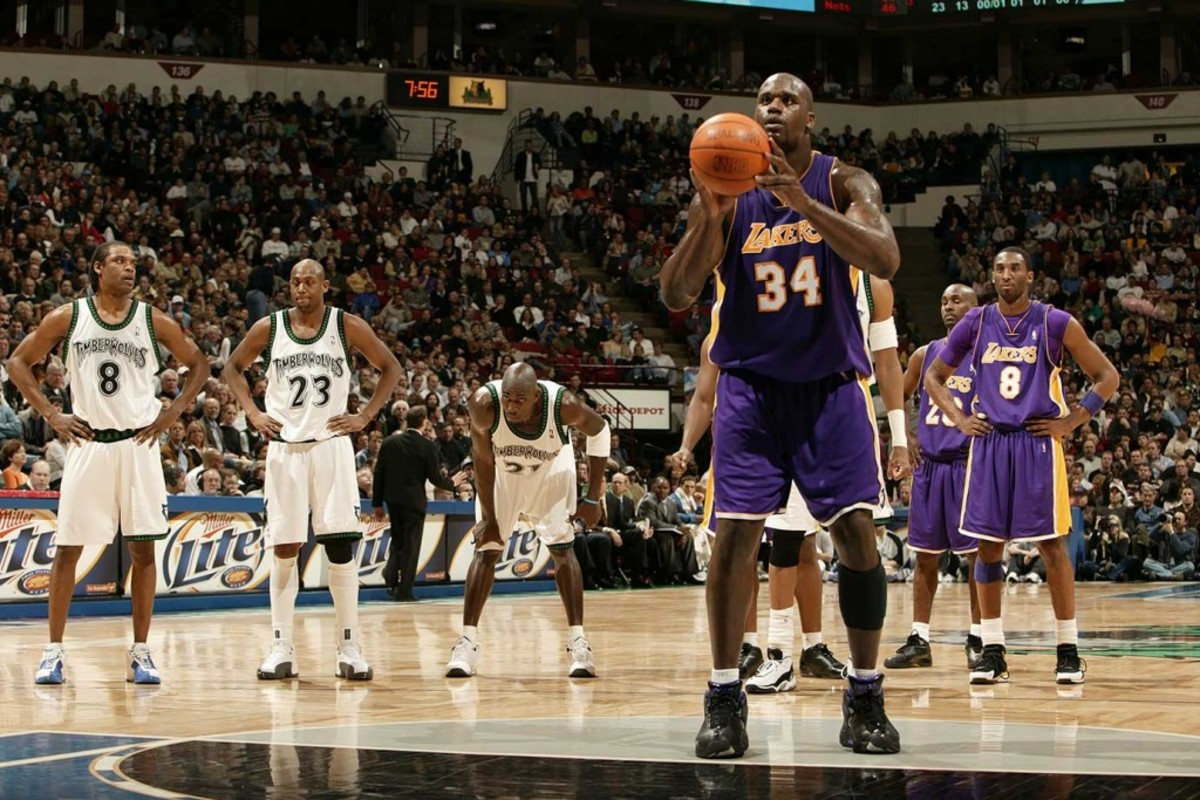 Shaquille-O-Neal-free-throw-001325875_RT8