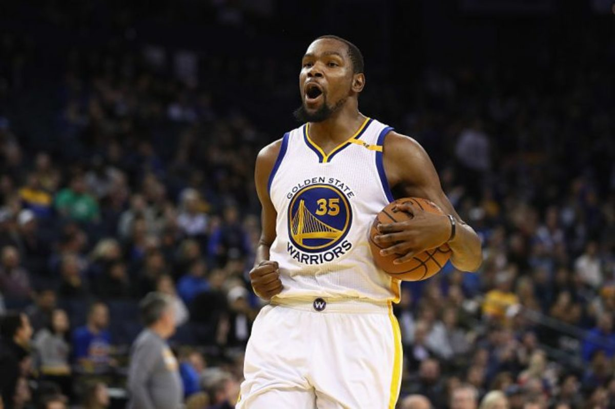 Kevin Durant accuses ref of targeting him