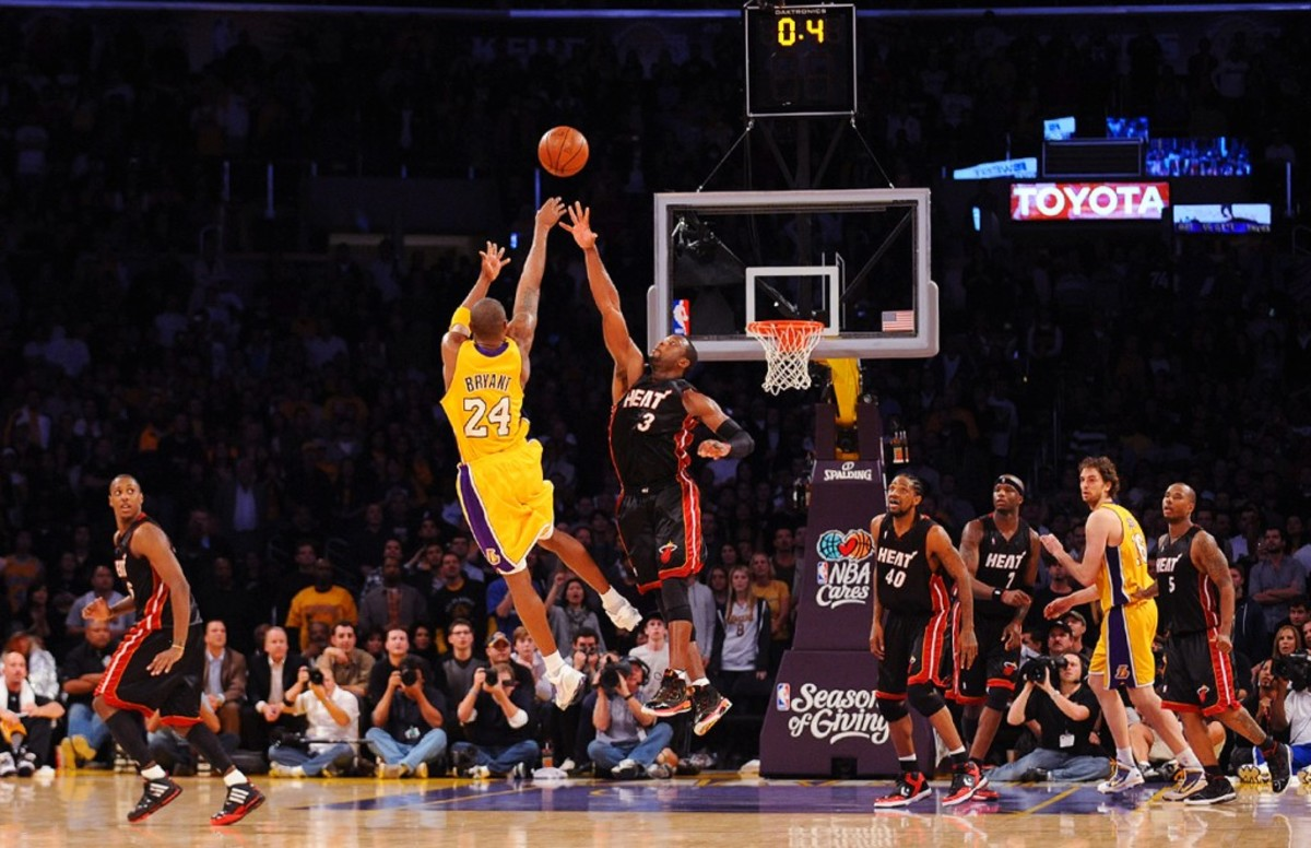 Vince Carter Dunk Of Death in addition The 20 Kobes Last Year besides Inspirational Football Quotes together with 75 Free Stock Images 3d Human Character in addition Kobe Bryants All Game Winners Of His Career 36. on best basketball player ever