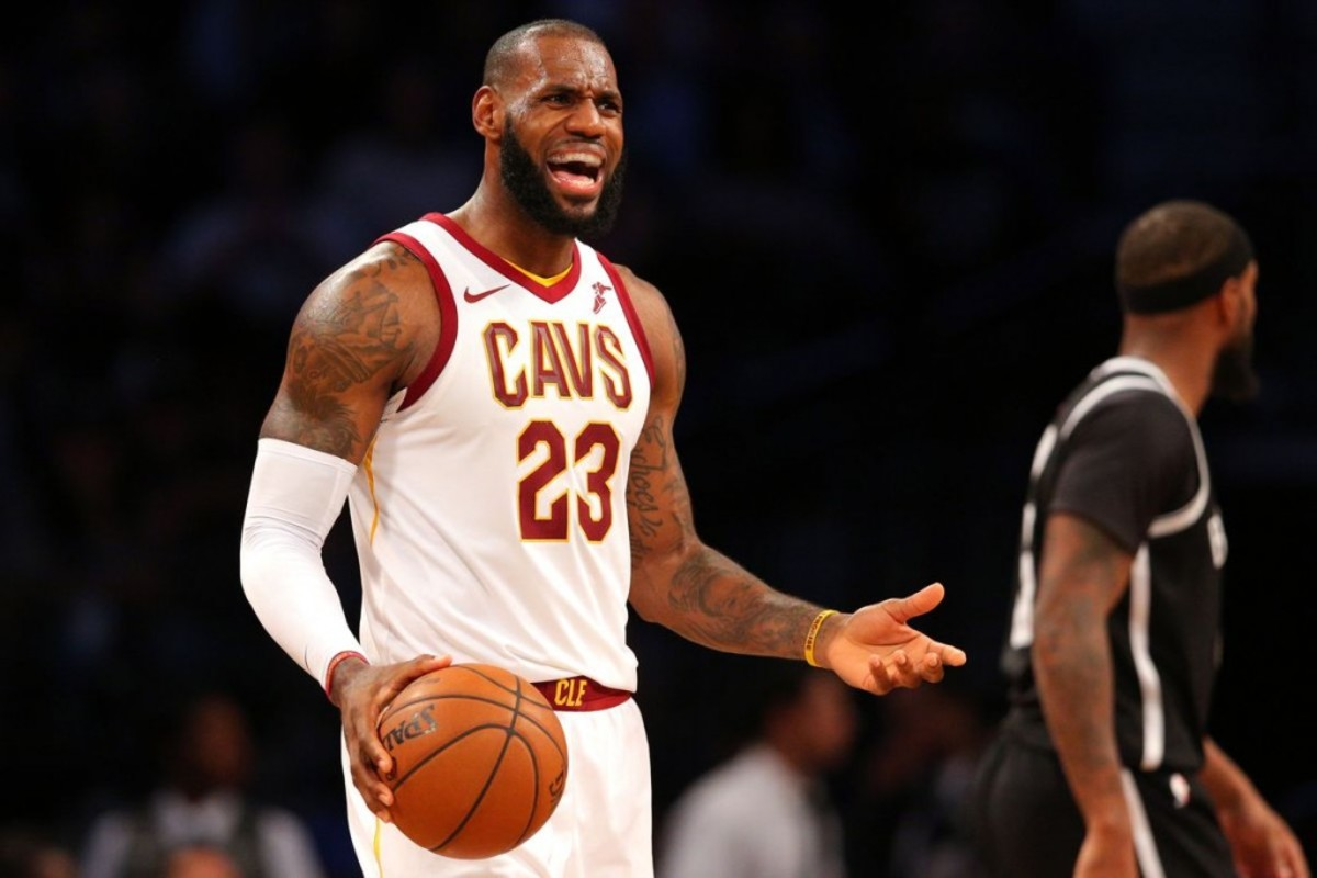 low cost 77123 5f95b LeBron James Roasts Cleveland Browns | Fadeaway World