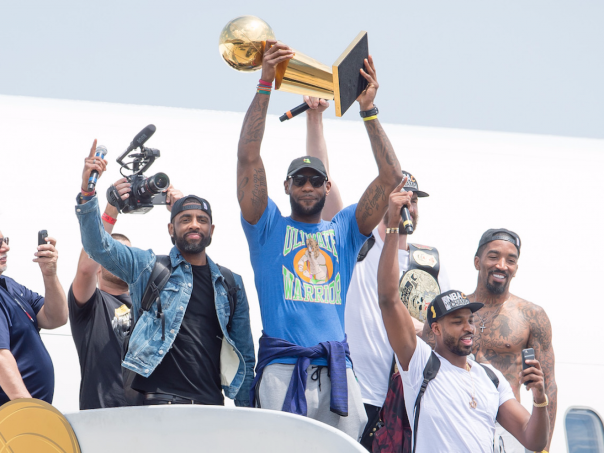 lebron-james-ended-his-social-media-blackout-with-a-scathing-instagram-post-dedicated-to-his-critics