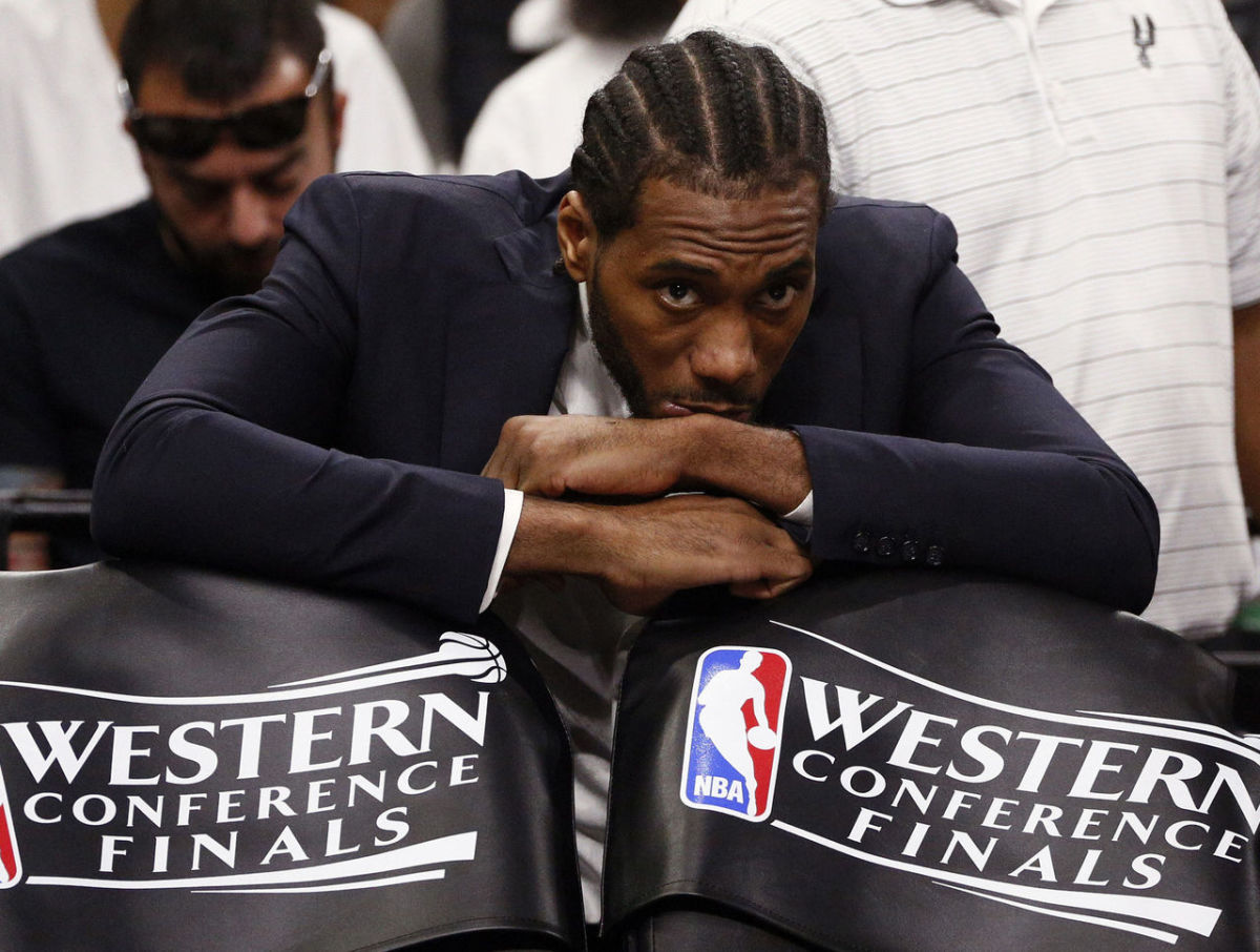 cropped_2017-05-21T020920Z_1709869980_NOCID_RTRMADP_3_NBA-PLAYOFFS-GOLDEN-STATE-WARRIORS-AT-SAN-ANTONIO-SPURS