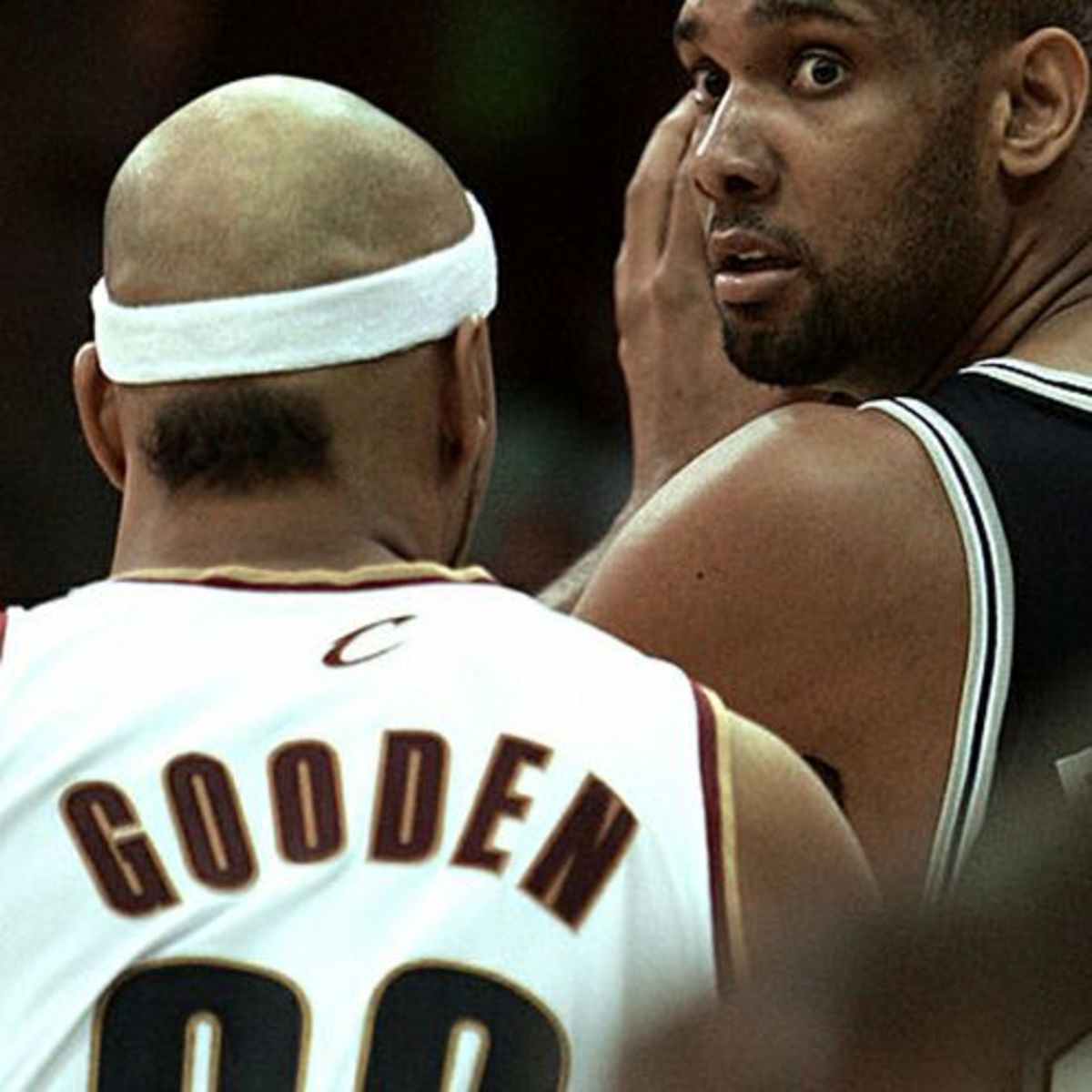 Drew-Gooden-haircut
