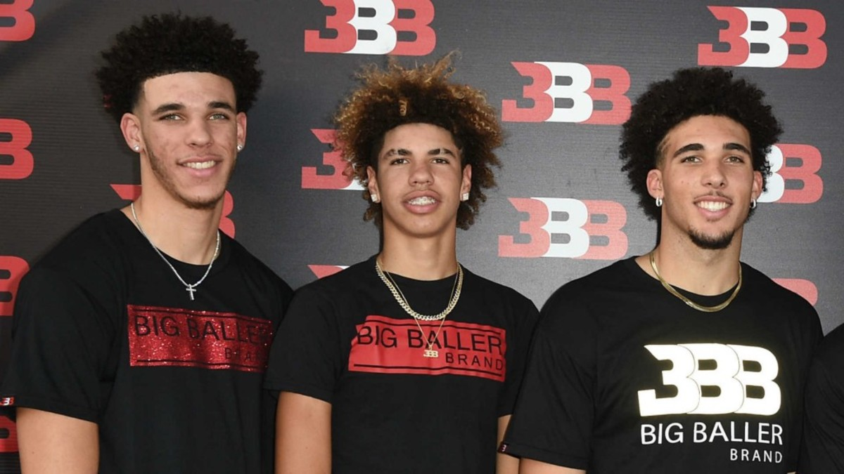 lonzo-from-left-lamelo-and-liangelo-ball_1kgyb39wqonux11z5fyac7tinm
