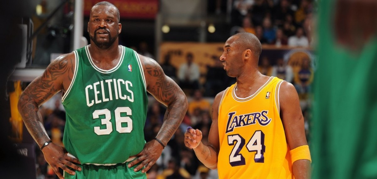 LOS ANGELES, CA - JANUARY 30:  Shaquille O'Neal #36 of the Boston Celtics and Kobe Bryant #24 of the Los Angeles Lakers converse during their game at Staples Center on January 30, 2011 in Los Angeles, California. NOTE TO USER: User expressly acknowledges and agrees that, by downloading and/or using this Photograph, user is consenting to the terms and conditions of the Getty Images License Agreement. Mandatory Copyright Notice: Copyright 2011 NBAE (Photo by Noah Graham/NBAE via Getty Images) *** Local Caption *** Shaquille O'Neal;Kobe Bryant