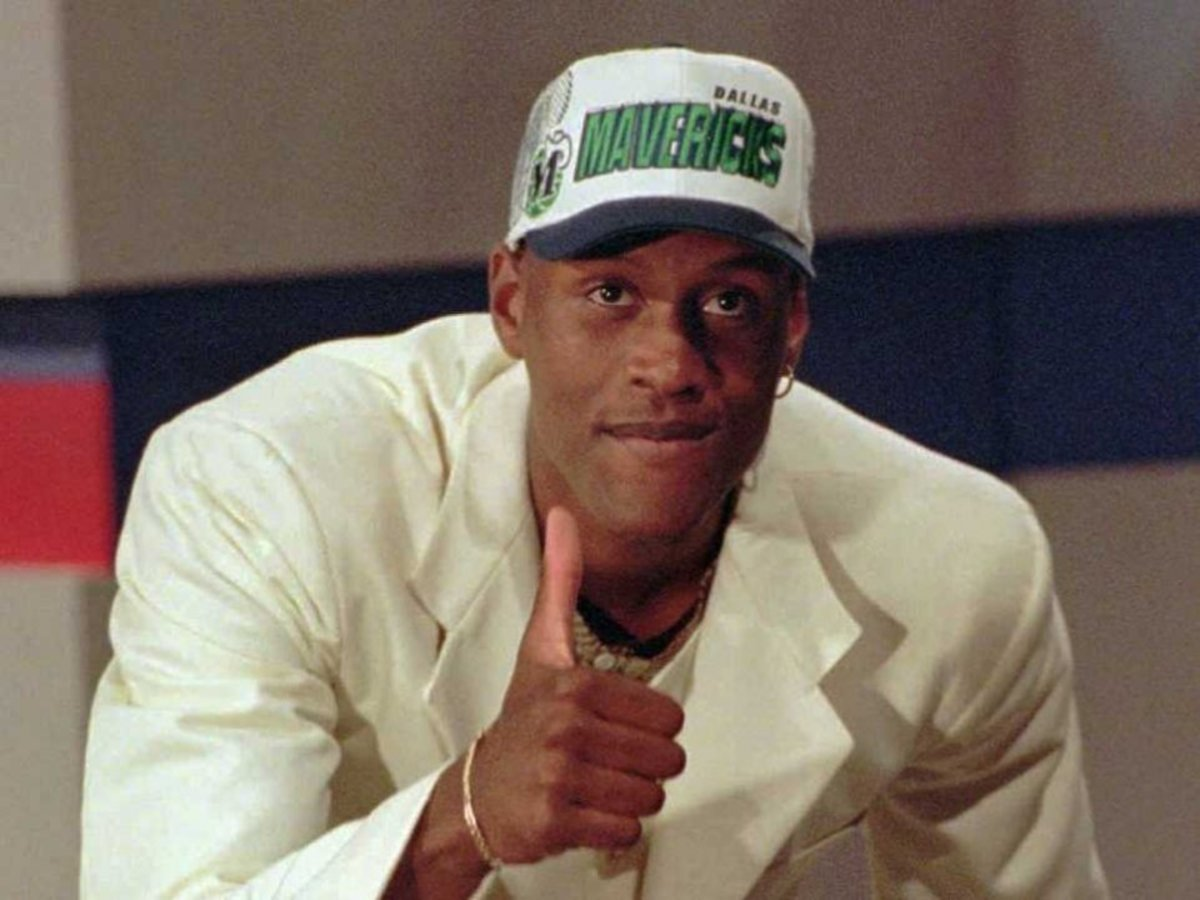 samaki-walker-was-picked-9th-overall-by-the-dallas-mavericks
