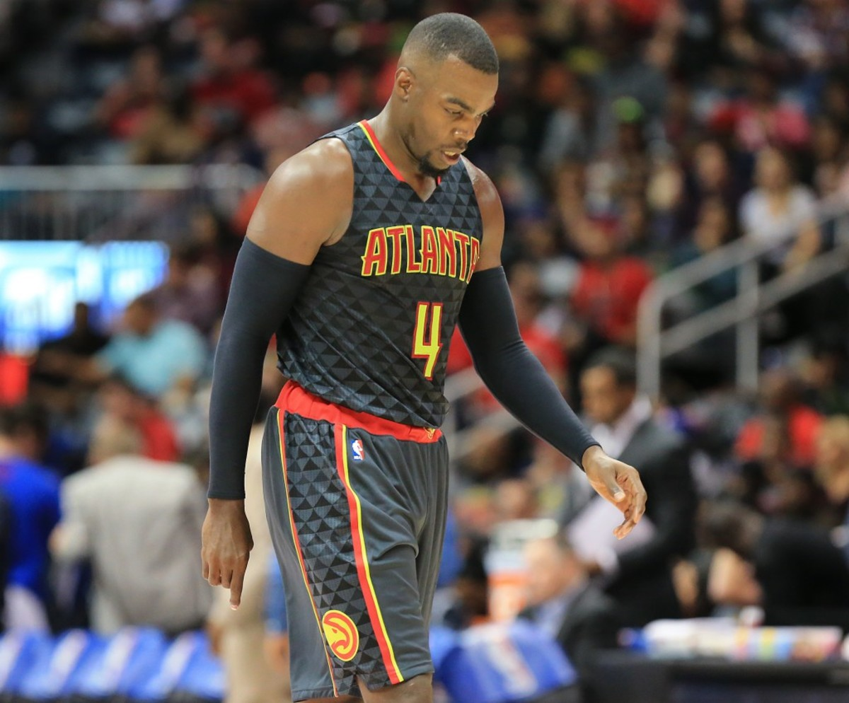 "102715 ATLANTA: -- Hawks Paul Millsap walks off the court falling 106-94 to the Pistons in their first regular season basketball game ""home opener"" on Tuesday, Oct. 27, 2015, in Atlanta.  Curtis Compton / ccompton@ajc.com"