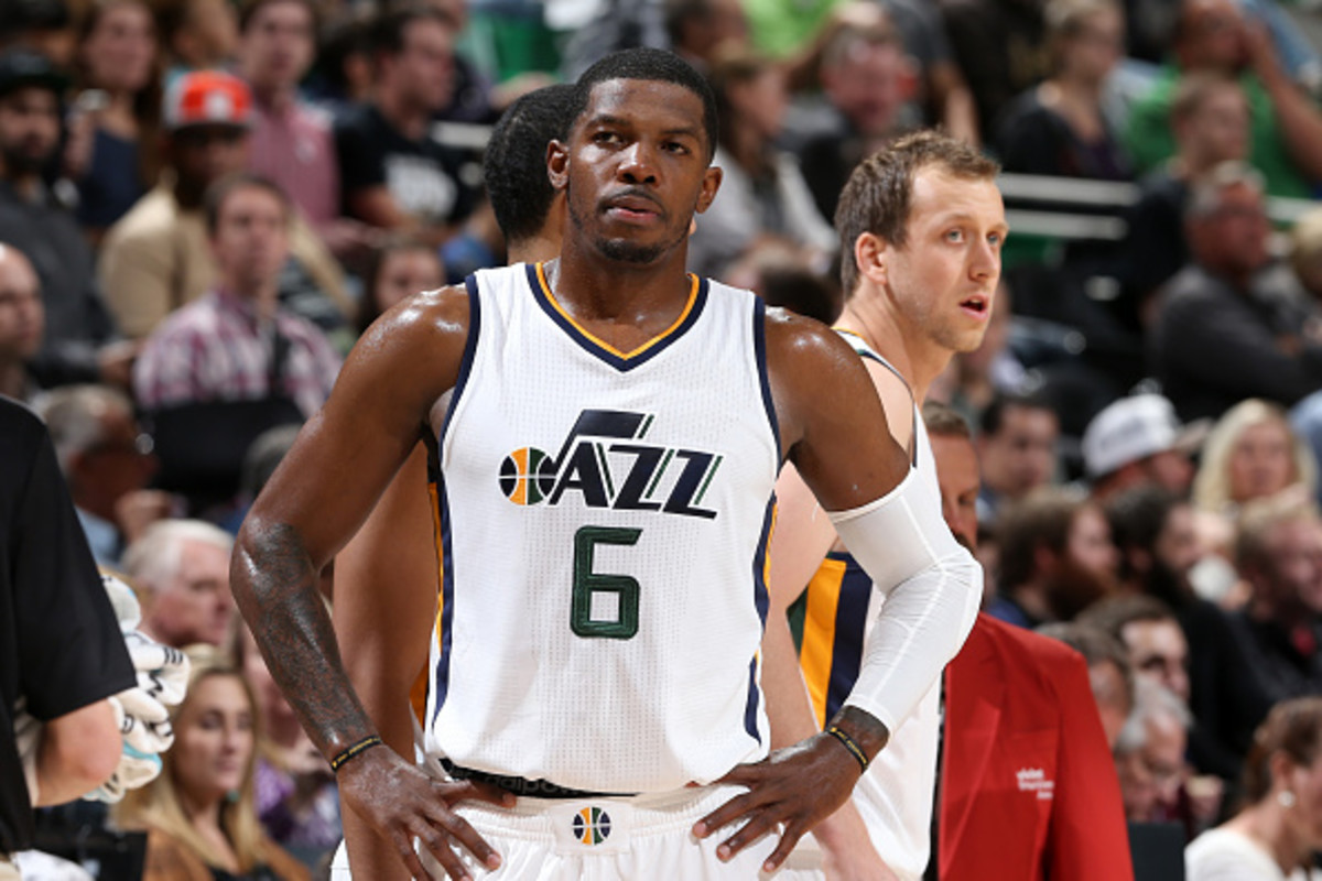 SALT LAKE CITY, UT - OCTOBER, 12: Joe Johnson #6 of the Utah Jazz looks on during a preseason game against the Phoenix Suns on October 12, 2016 at Vivint Smart Home Arena in Salt Lake City, Utah. NOTE TO USER: User expressly acknowledges and agrees that, by downloading and or using this Photograph, User is consenting to the terms and conditions of the Getty Images License Agreement. Mandatory Copyright Notice: Copyright 2016 NBAE (Photo by Melissa Majchrzak/NBAE via Getty Images)