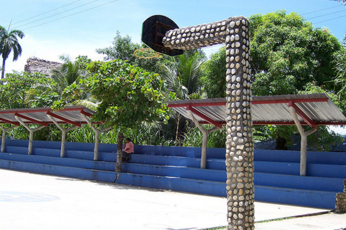 stone-encrusted-hoop-court-in-guatemala