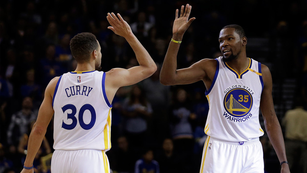886a4636361 Kevin Durant Subtly Roasts Steph Curry With This Savage Quote Regarding Under  Armour