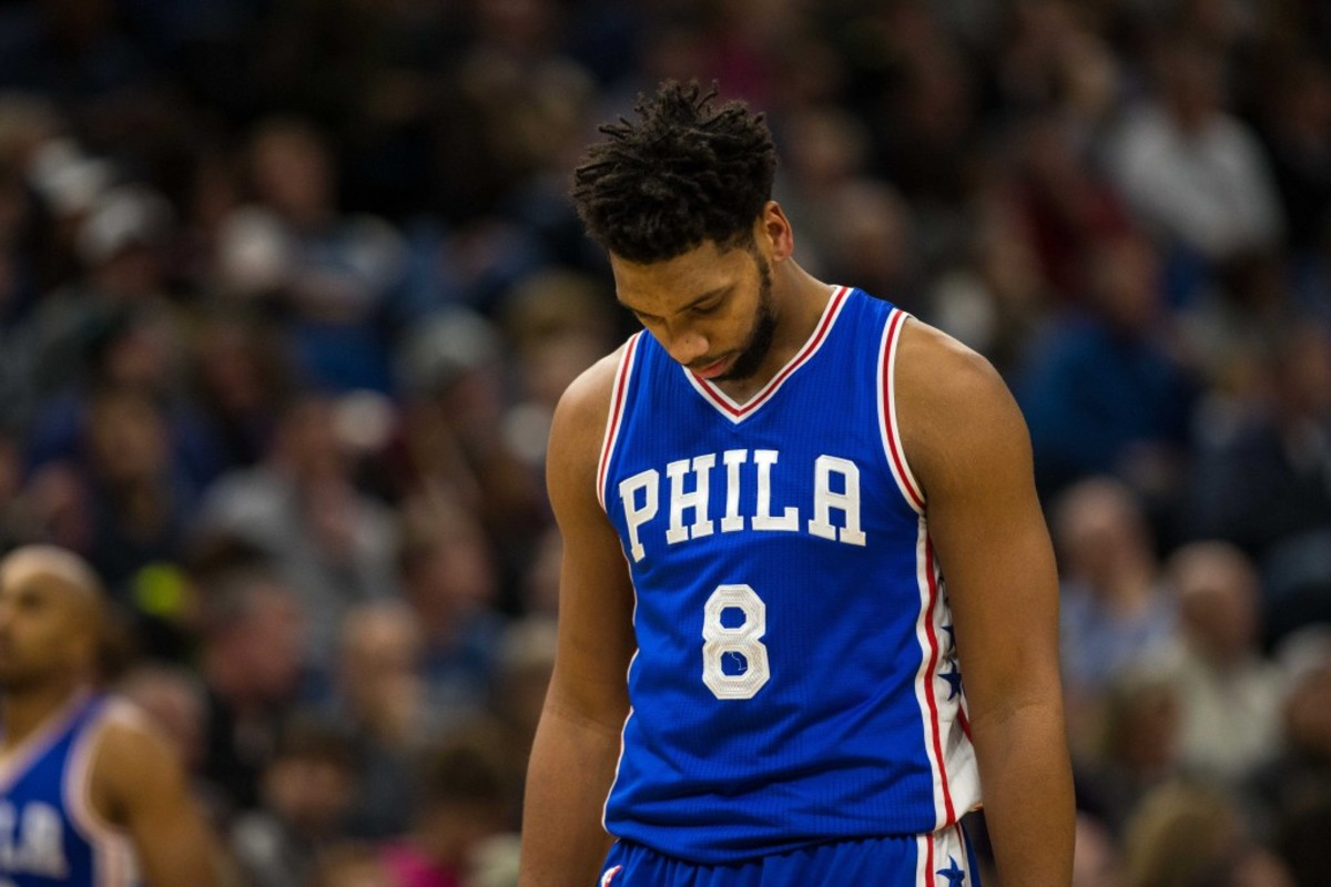9698194-nba-philadelphia-76ers-at-minnesota-timberwolves