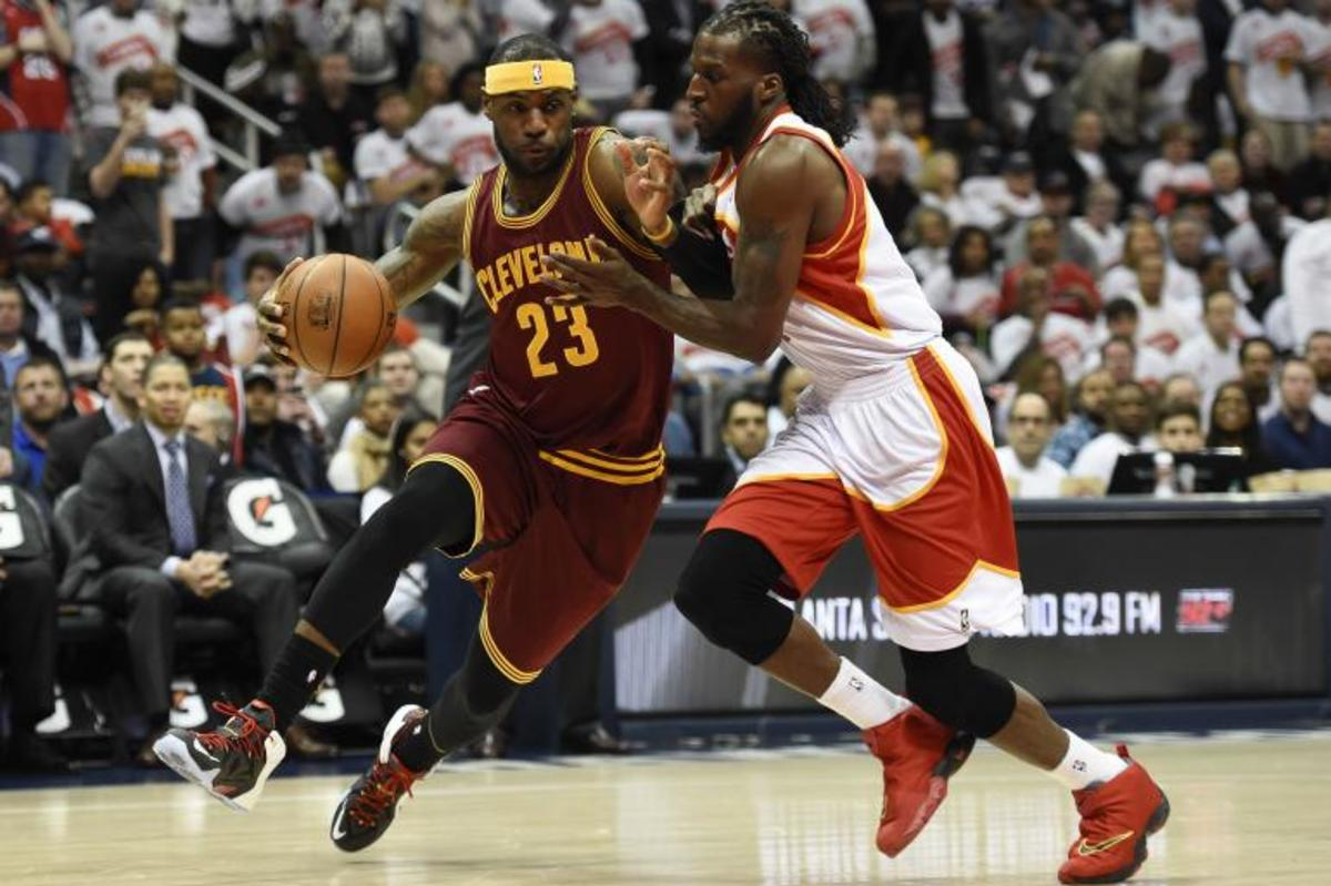 lebron-james-vs-atlanta-hawks