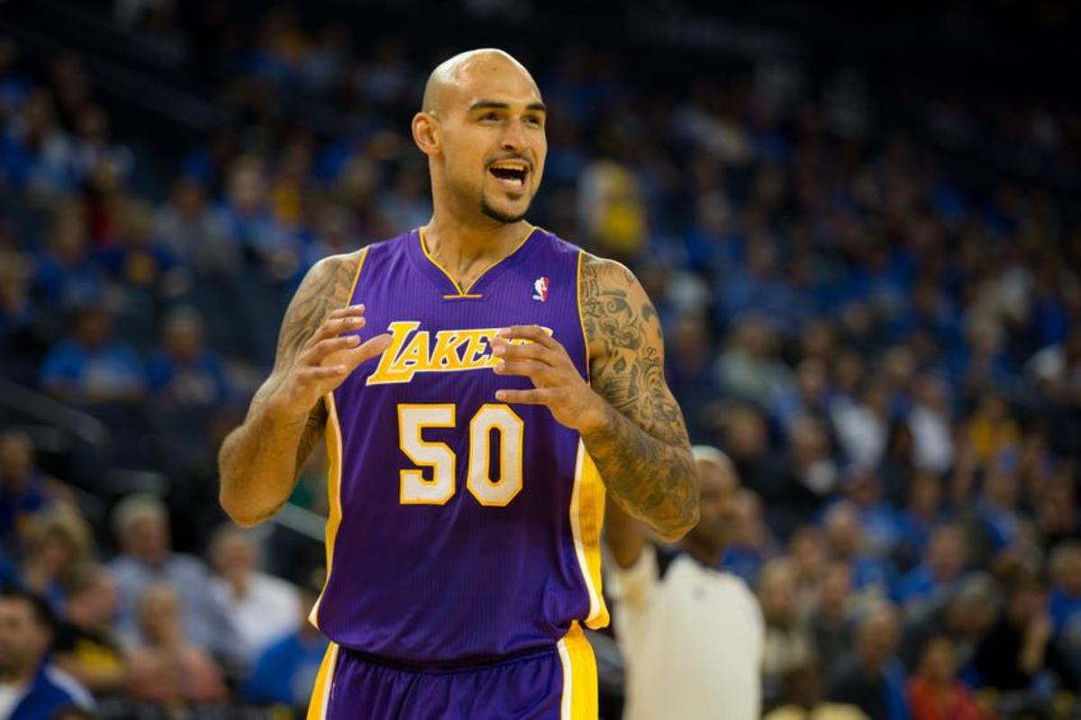 robert-sacre-nba-los-angeles-lakers-golden-state-warriors
