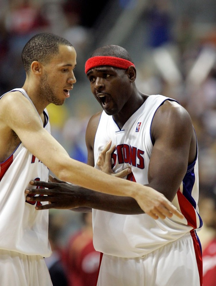Detroit Pistons center Chris Webber, right, confers with teammate forward Tayshaun Prince during the third quarter of an NBA Eastern Conference final basketball game against the Cleveland Cavaliers at the Palace of Auburn Hills, Mich., Thursday, May 31, 2007. (AP Photo/Duane Burleson)