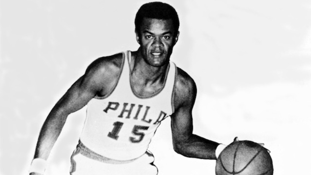 PHILADELPHIA - 1960: Harold E. (Hal) Greer #15 of the Philadelphia Warriors poses for a portrait at Philadelphia, Pennsylvania. NOTE TO USER: User expressly acknowledges  and agrees that, by downloading and or using this  photograph, User is consenting to the terms and conditions of the Getty Images License Agreement. Mandatory copyright notice: Copyright NBAE 2002 (Photo by NBA PHOTOS/ NBAE/ Getty Images)