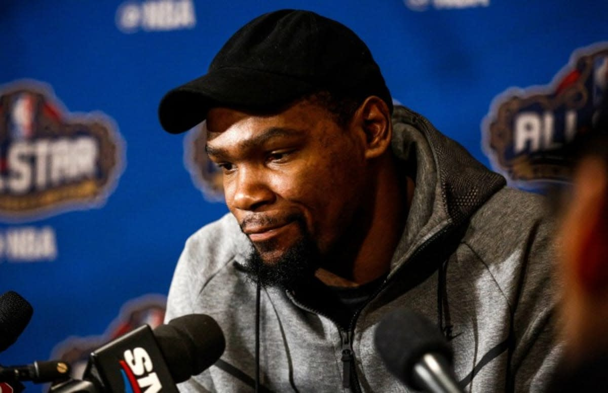 kevin-durant-okc-gal-face-fart