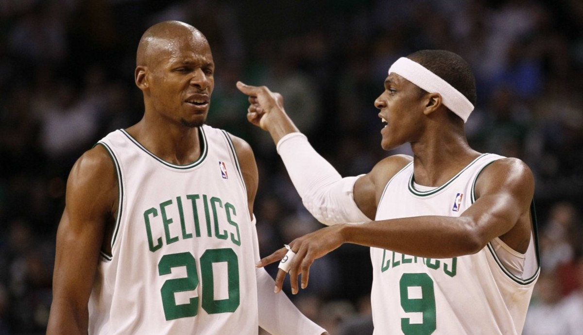 Boston Celtics guards Ray Allen (20) and Rajon Rondo (9) confer during the first quarter against the Orlando Magic in Game 6 of the NBA Eastern Conference basketball finals in Boston, Friday, May 28, 2010. (AP Photo/Winslow Townson)