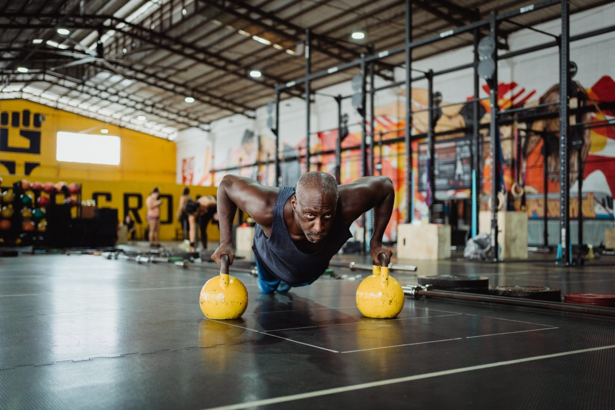 Smart Ways To Reach Your Fitness Goals This Year