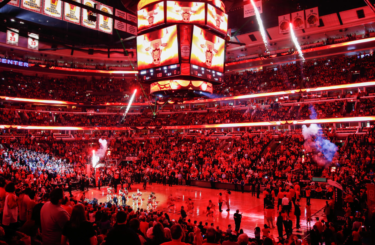 Where Are The Largest Basketball Arenas In The United States?